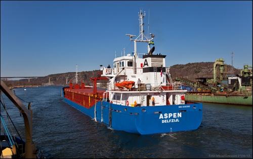 "Möte med ""Aspen"" vid Agnesberg, nedströms Angeredsbron."
