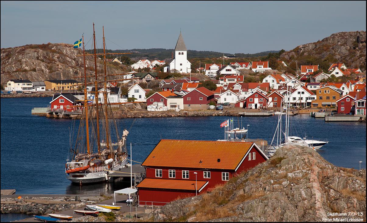 Skärhamn och bramsegelskonaren Lady Ellen
