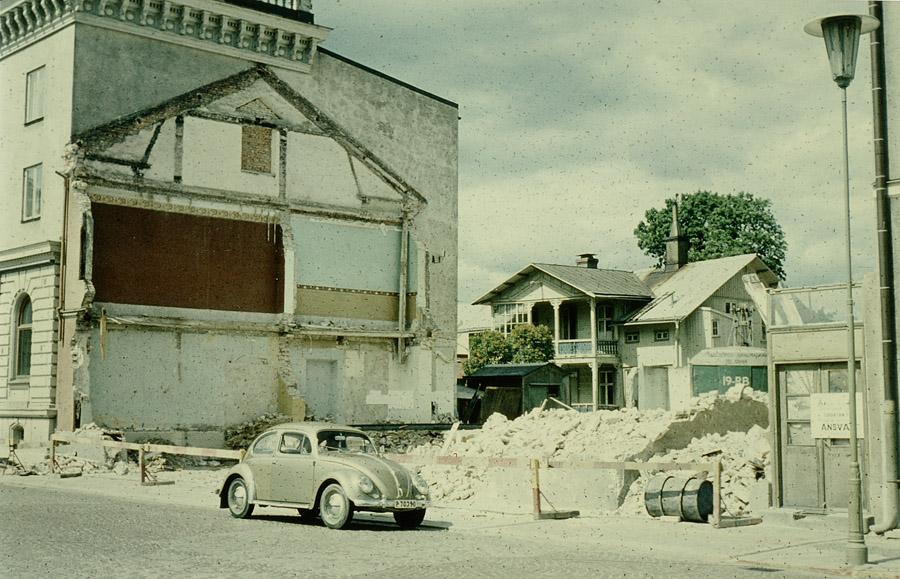 Efter rivningen 1959. Ja, varför bevara det gamla rucklet? Foto: Karl-Fredrik Nyström