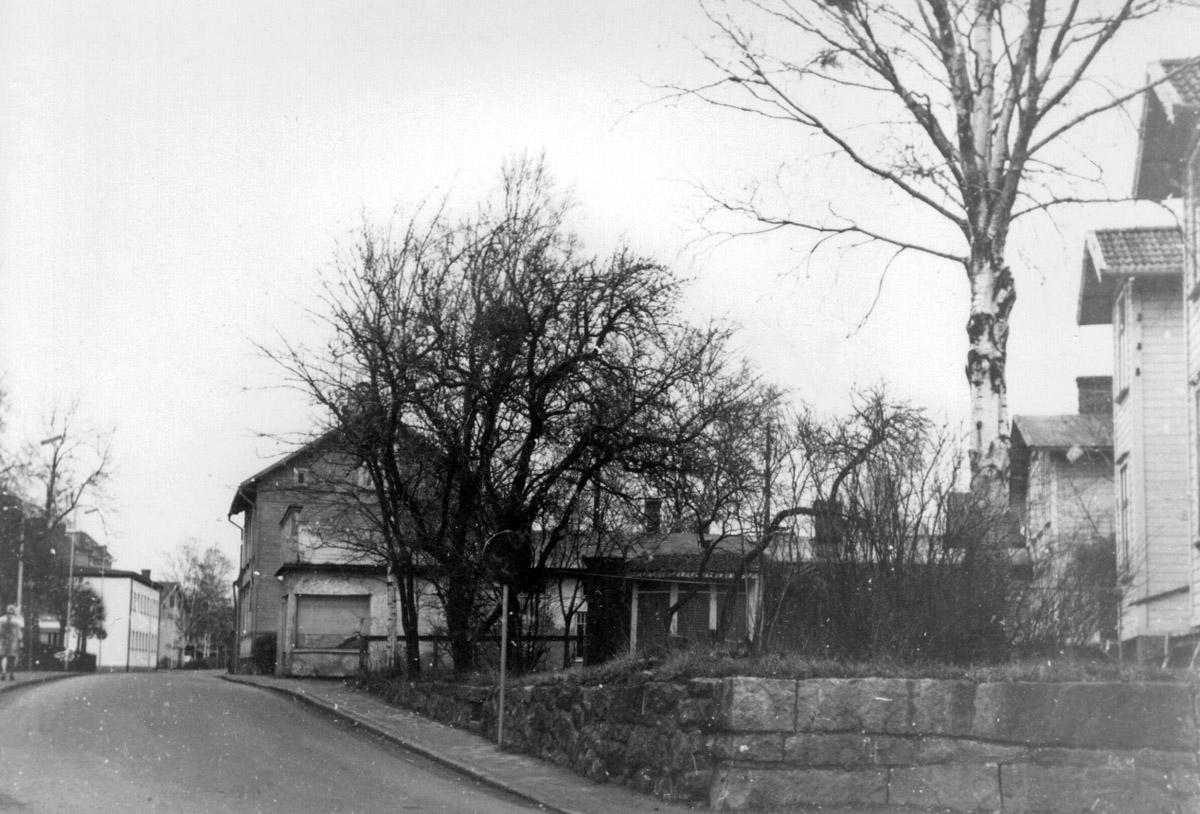 A. F. Carlssons gata, tidigare Torpagatan, innan rivningen i mitten av 1970-talet. Fotograf okänd, ur vsg arkiv.