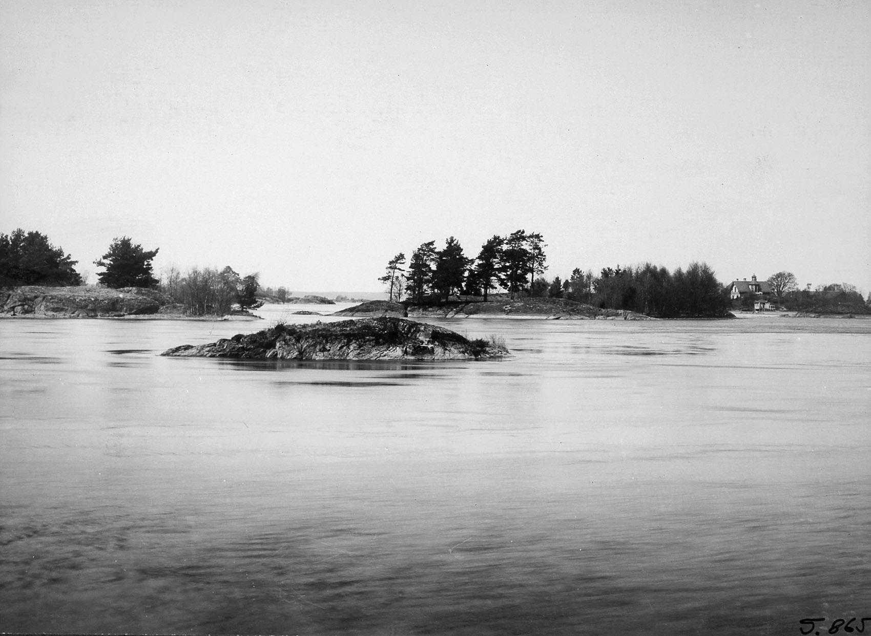 Vy mot Sjöboda från Huvudnäsön 1916