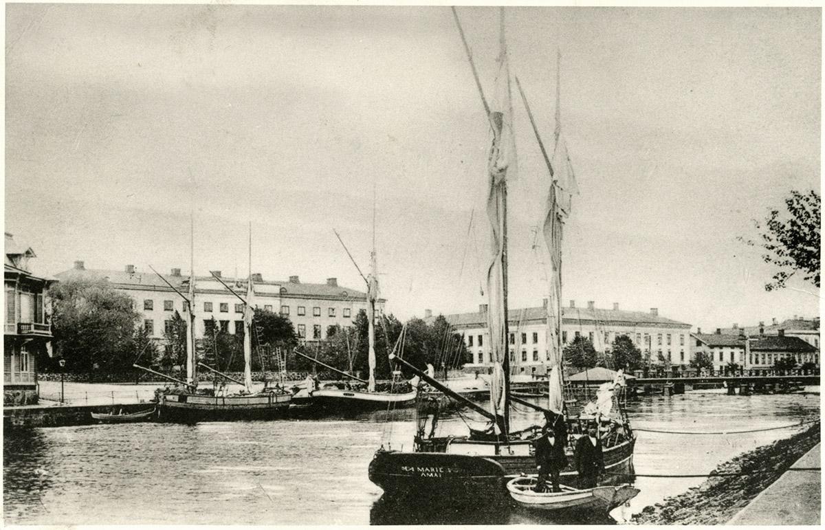 Norra hamnkanalen Vänersborg, omkring 1915. Foto: okänd / Vänersborgs Söners Gille