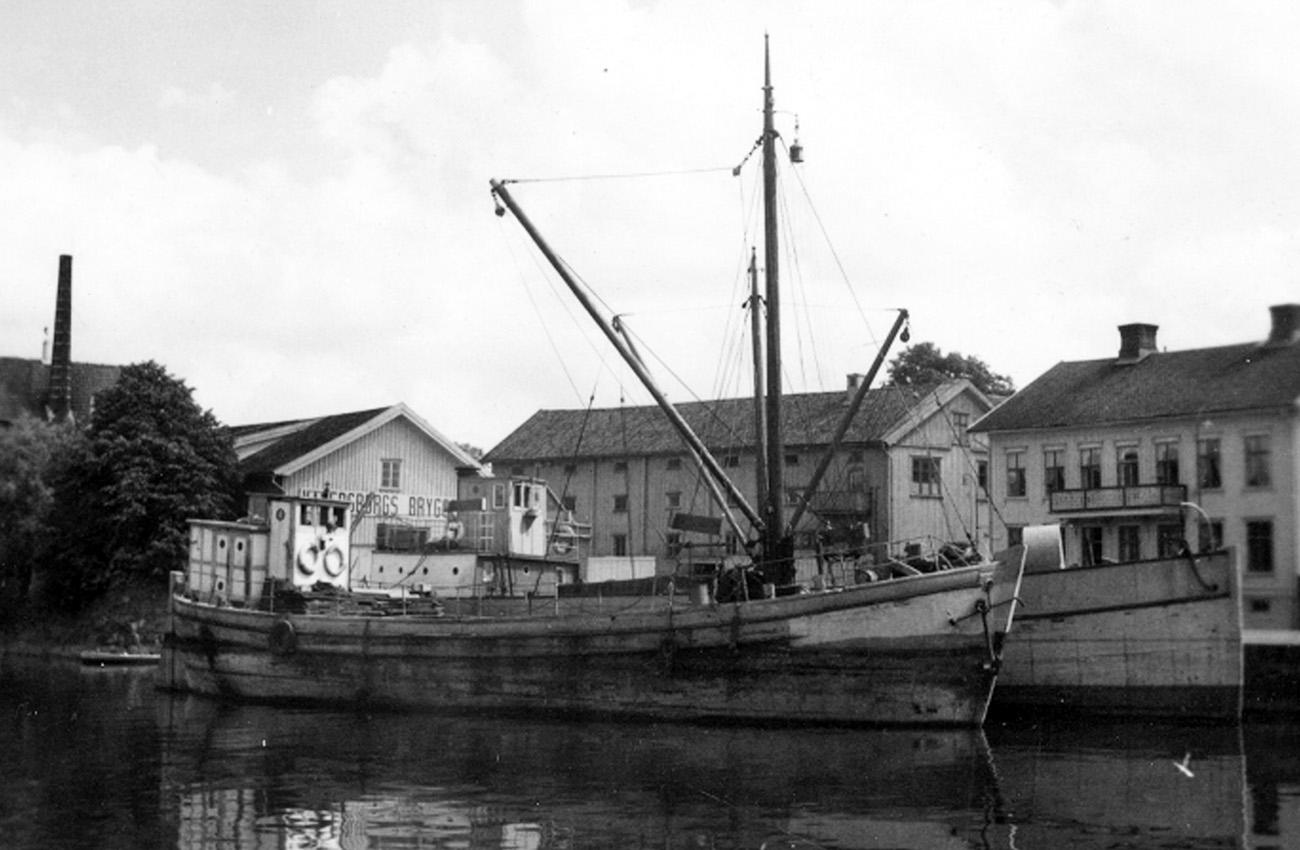 Hagen liggande i Vänersborg 1954. Foto: Olof Hasslöf / Sjöhistoriska